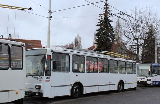 Чешский город Пардубице продает 14 троллейбусов