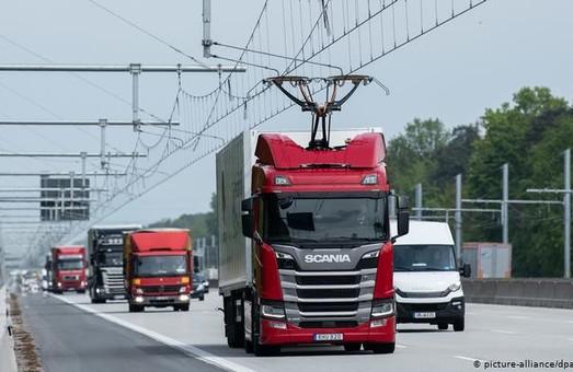 В Германии электрифицировали первый автобан