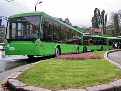 Фото дня: 10 лет назад в Одессе презентовали первые низкопольные троллейбусы