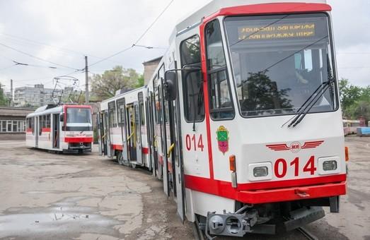 В Запорожье на линию выпустили два трамвая