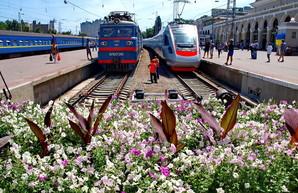 За время Пасхальных и Майских праздников «Укрзализныця» перевезла в дальнем сообщении почти 1,5 миллиона пассажиров