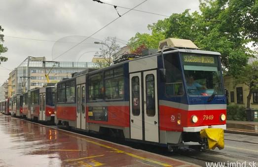 С понедельника в Братиславе начнут курсировать трехвагонные трамвайные системы