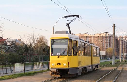 У властей Львова просят провести ремонт путей и оборудовать остановки на трамвайном маршруте № 3