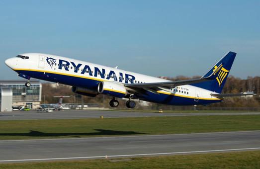 С 2013 года средняя цена авиабилета в Украине снизилась вдесятеро