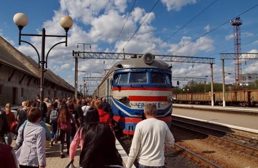 «Укрзализныця» сообщила о росте пассажиропотока пригородных поездов