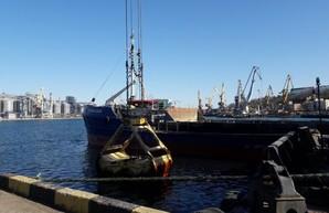 В Одесском морском порту завершились работы по эксплуатационному дноуглублению