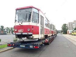 Транспортная компания Праги купила подержанные трамваи «Tatra KT8D5» в Мишкольце