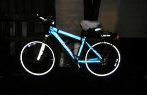 В субботу в Парке Шевченко одесситам будут раздавать светоотражающие стикеры для велосипедов