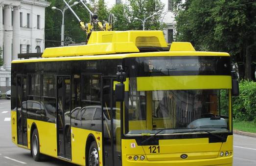В Сумах ждут поставки четырех новых троллейбусов «Богдан» и кредита Европейского инвестбанка