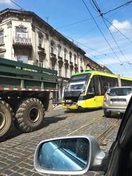 Во Львове трамваи ломают пантографы из-за использования устаревшей подвески контактного провода