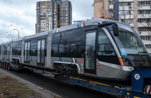 Киев хочет приобрести 40 новых трамваев-«гармошек» за средства кредита ЕБРР