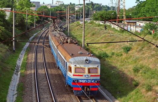 Владимир Омелян считает, что прибыльными являются почти все направления работы «Укрзализныци».