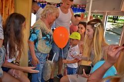 «Трамвай Счастья» радовал маленьких одесситов (ФОТО)