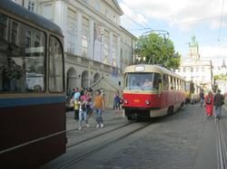 Во Львове прошел парад трамваев