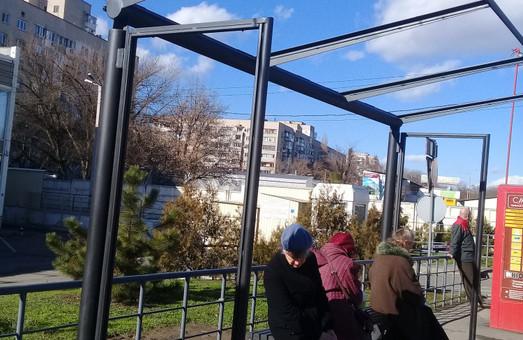 В Одессе на остановках общественного транспорта появятся новые павильоны