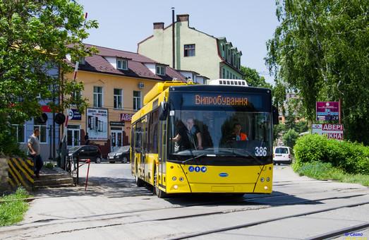 В Черновцах электробусы с динамической подзарядкой запускают вместо маршруток