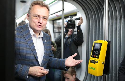 Во Львове завершается первый этап повторного тендера по внедрению «электронного билета»