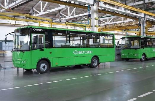 «Богдан Моторс» уже поставил 20 школьных автобусов в Житомирскую область