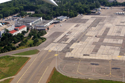 В Международном аэропорту Одессы появится перронный комплекс для стоянки самолетов