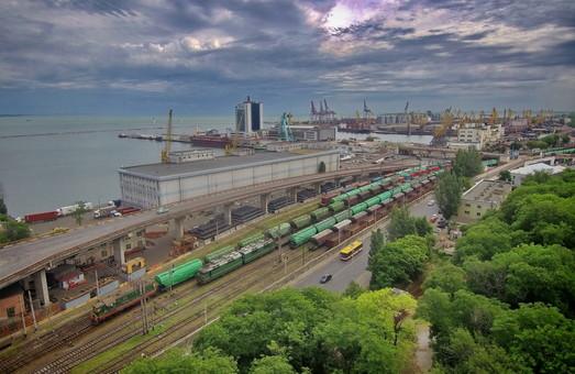 Одесская железная дорога стала платить меньше налогов в бюджет Одессы