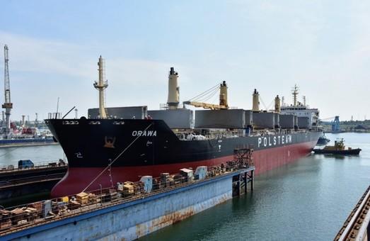 Судоремонтный завод в Черноморске под Одессой с начала года отремонтировал уже 28 судов