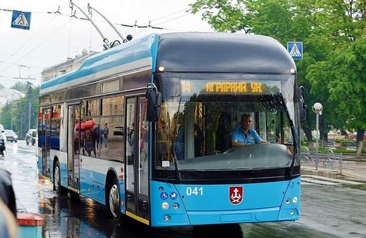 «Винницкая транспортная компания» закупает комплектующие для постройки еще трех троллейбусов