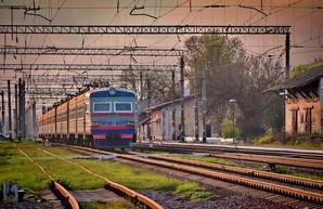 Руководство «Укрзализныци» хочет покупать электрички за деньги, предназначенные для ремонта автодорог