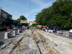 Из-за реконструкции перекрестка Прохоровской и Мясоедовской на одесской Молдаванке наблюдаются значительные транспортные заторы