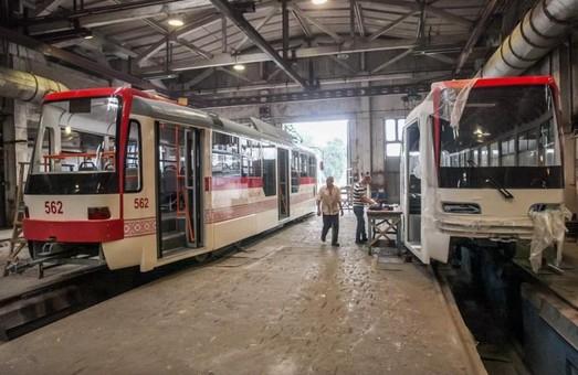 В Запорожье силами депо собрали еще один трамвайный вагон