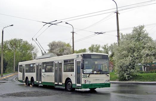 В Луцке два троллейбусных маршрута изменили свои трассы