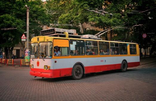 Сколько средств из городского бюджета Одессы в июне потратили на транспорт и дорожную инфраструктуру