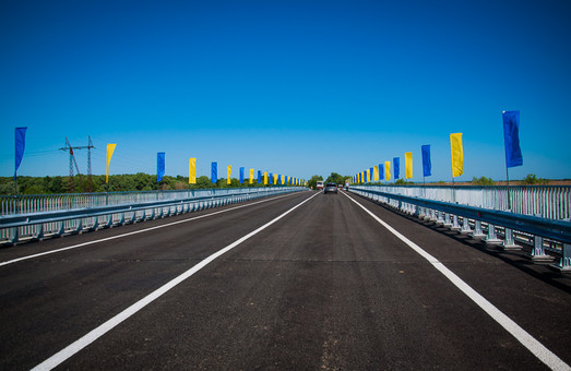 В бюджете-2020 на строительство и ремонт автодорог в Украине заложат 75 миллиардов гривен
