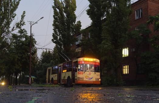 Криворожский электротранспорт пострадал не только от стихии, но и от воровства
