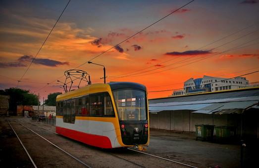 Вчерашняя стихия в Одессе вызвала остановку электротранспорта на ряде маршрутов