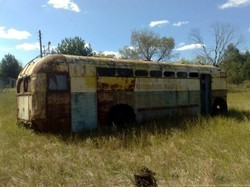 В Чернобыльской зоне нашли кузов раритетного для Украины троллейбуса МТБ-82