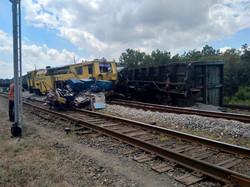На станции Хлебодаровка в Донецкой области в аварию попал американский тепловоз ТЕ33АС
