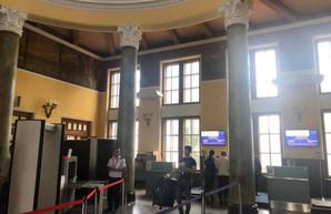 Старый терминал во львовском аэропорту имени Данилы Галицкого готовят к обслуживанию пассажиров