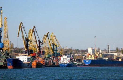 В порту Черноморска проведут очередной этап углубления дна