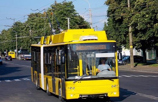 Автосборочный завод № 1 корпорации «Богдан Моторс» в Луцке уже поставил 12 новых троллейбусов «гармошек» в Киев