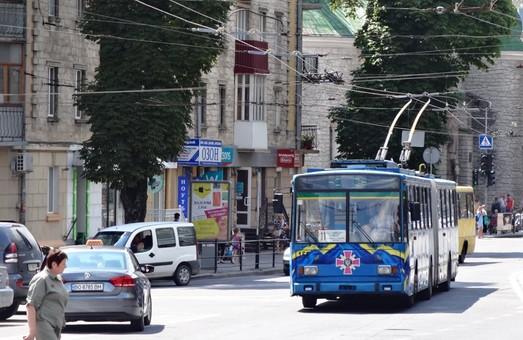 В Тернополе по ночам проводят ремонт контактной сети
