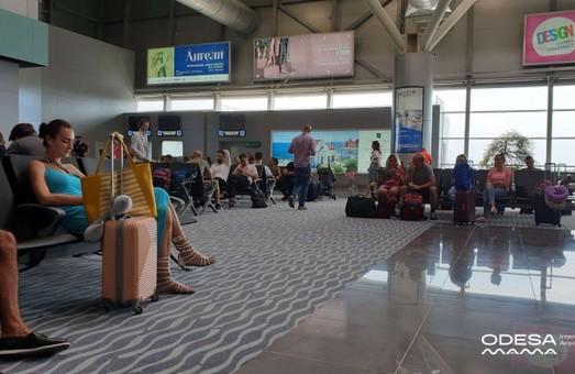 Все внутренние авиарейсы из Одессы уже обслуживаются новым терминалом аэропорта