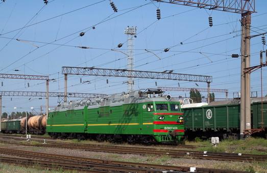 Почти 300 человек попали под поезда на железных дорогах Украины