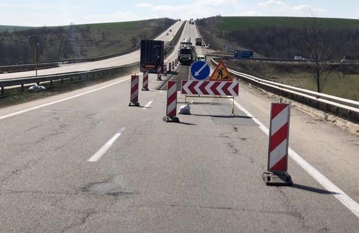 Служба автомобильных дорог в Одесской области ищет подрядчиков для эксплуатационного содержания двух участков автотрассы М-05 Киев – Одесса