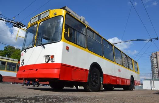 В Одессе за последние полтора года капитально отремонтировали 43 трамвая и троллейбуса