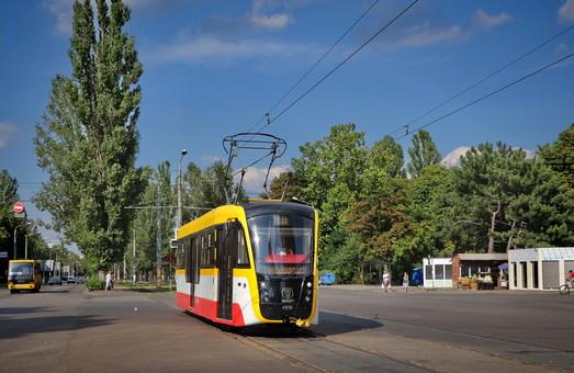 """Первый трехсекционный трамвай для Одессы в стиле """"Одиссея"""" обещают презентовать ко дню города"""