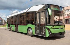 В Беларуси официально представили новый автобус МАЗ 303