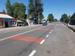 На трассе М-15 Одесса – Рени наносят специальную разметку перед переходами