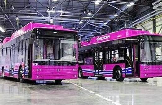 В Кременчуге в средине сентября начнет работу троллейбус с автономным ходом