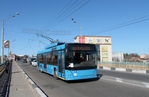 Ровно покупает два троллейбуса «Днипро Т203» за 9,6 млн. грн.
