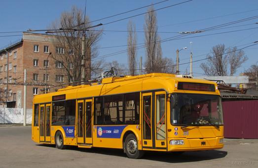 Черкассы все еще не могут завершить тендер по закупке трех 12-метровых троллейбусов
